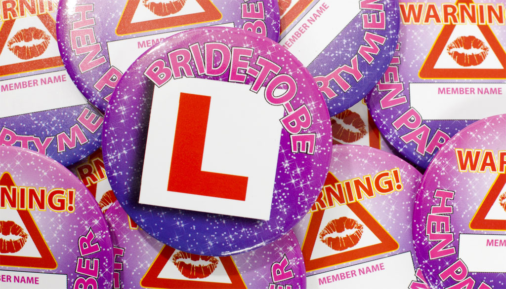 hen-and-stag-l-plate-badges-hen-do-themes